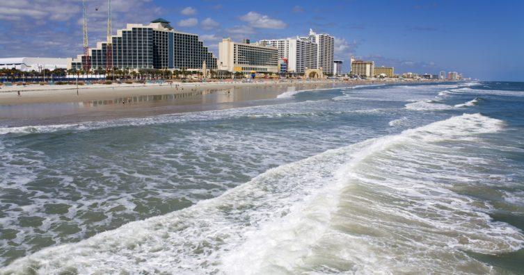 Clima en Daytona Beach: clima, estaciones y temperatura mensual promedio
