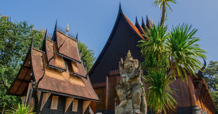 La casa negra (presa de Baan) en Chiang Rai, Tailandia
